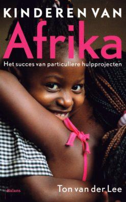 Kinderen van Afrika - 9789460033469 - Ton van der Lee